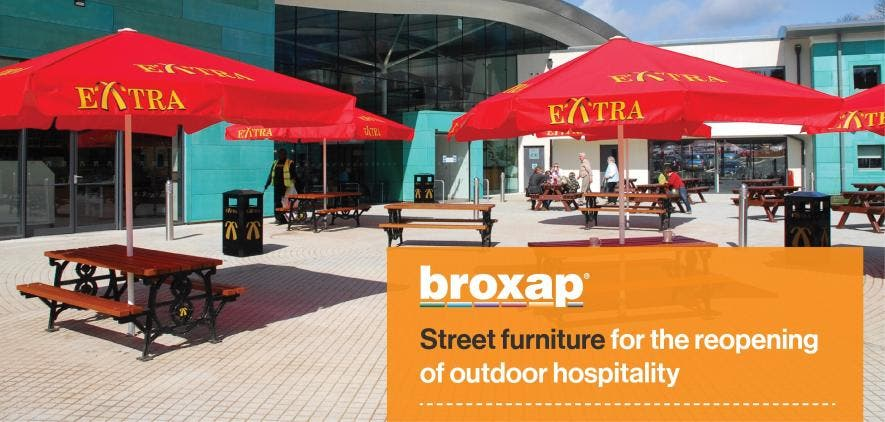 Street furniture for the reopening of outdoor hospitality