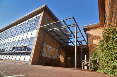 St John and St James CofE Primary School, London   Broxap