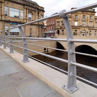 Quayside Curved Ductile Iron 5 Rail