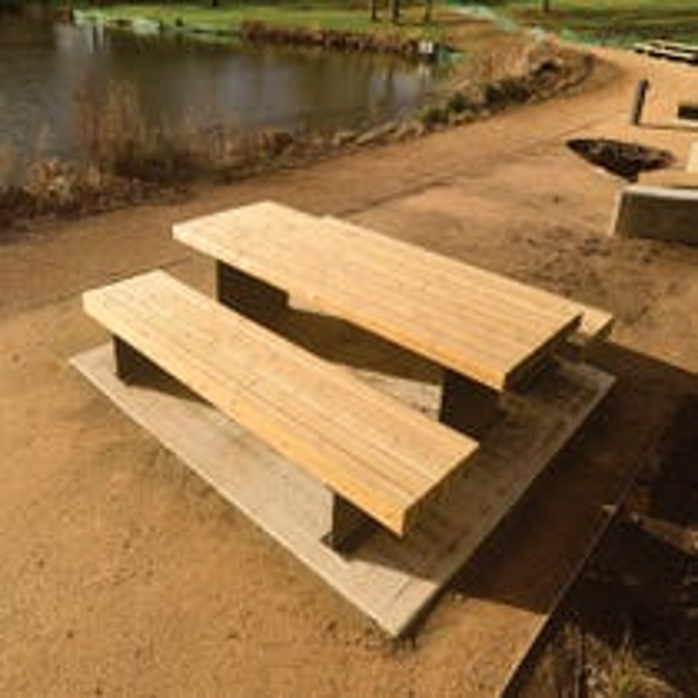 Tiptree Picnic Bench