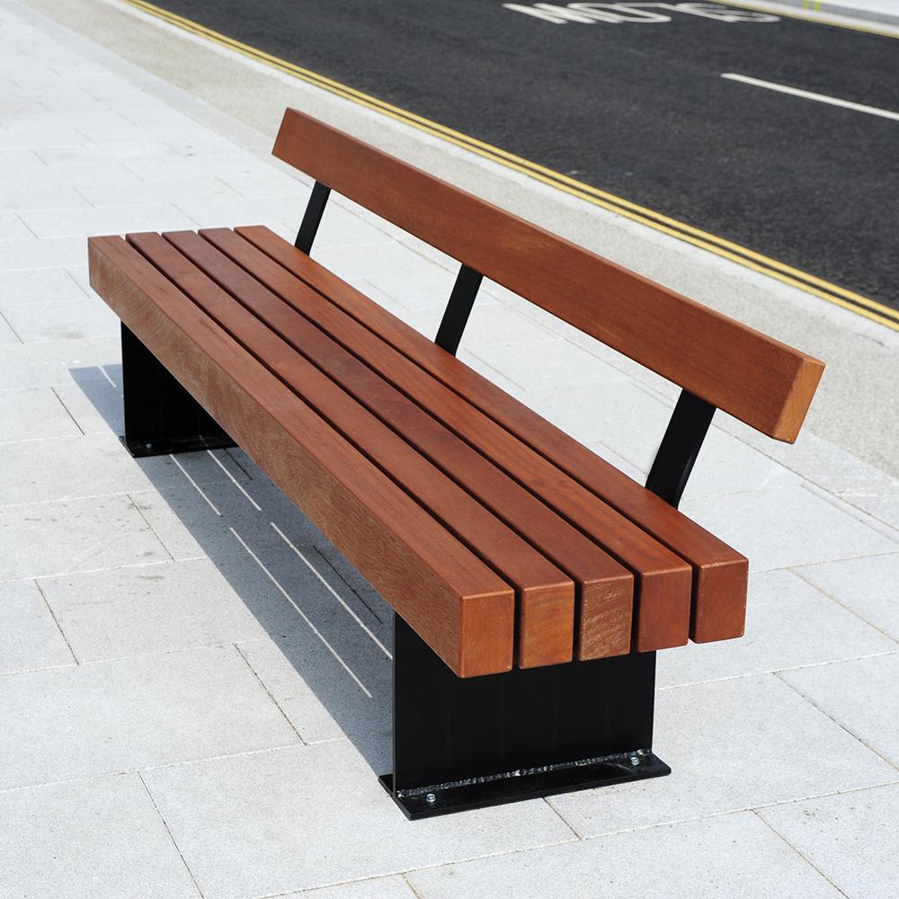 Tiptree Seat