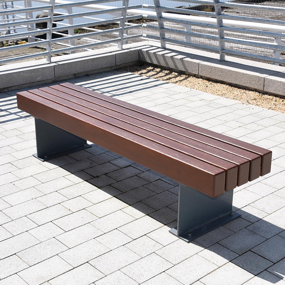 Tiptree Bench