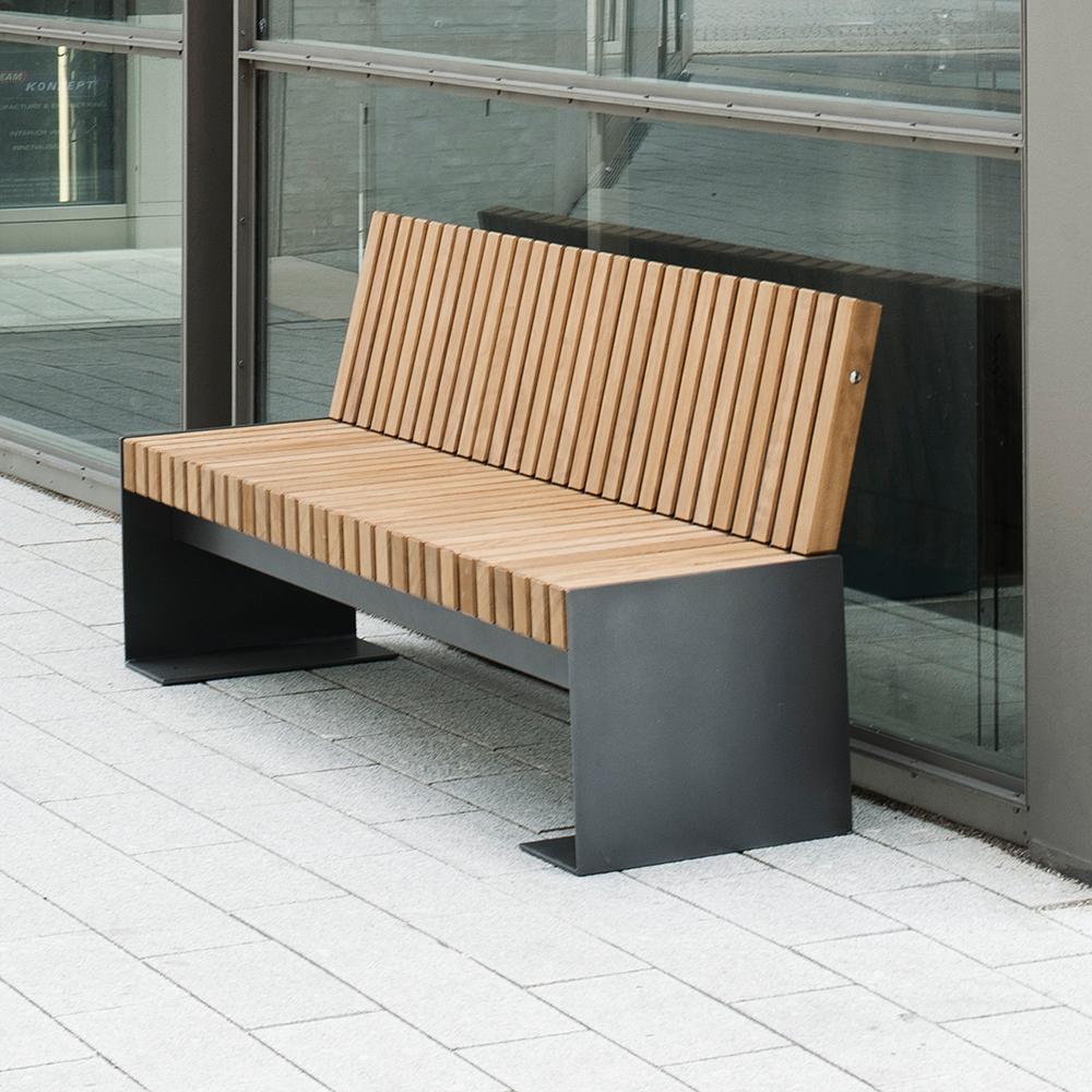 Desford IV Seat with Backrest