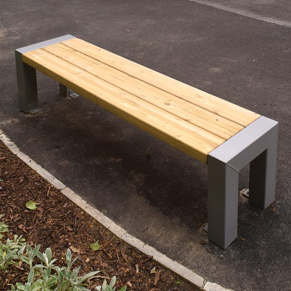 Belvedere Bench