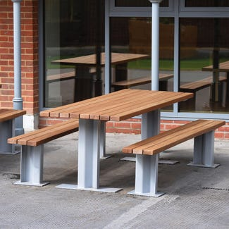 Welbourne Picnic Bench