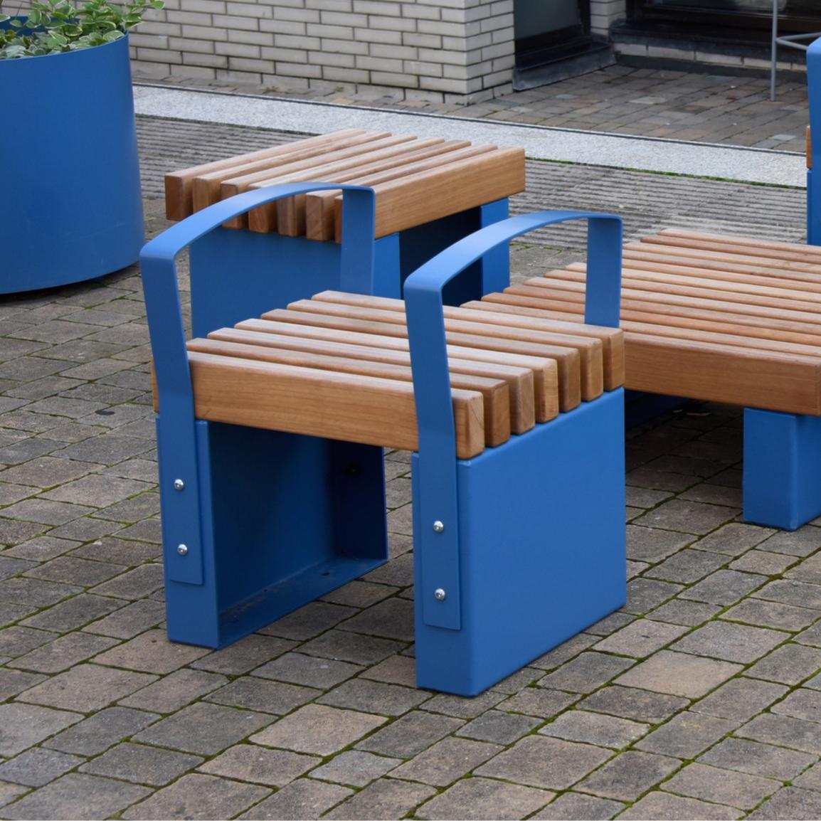 Litchard Short Bench with Armrests