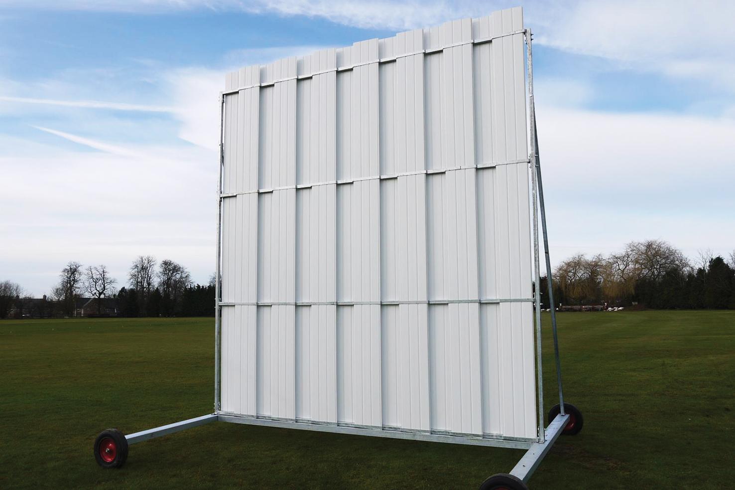 Stadia Elite' Polypropylene Cricket Sight Screens - 4.5m High x 4m Wide
