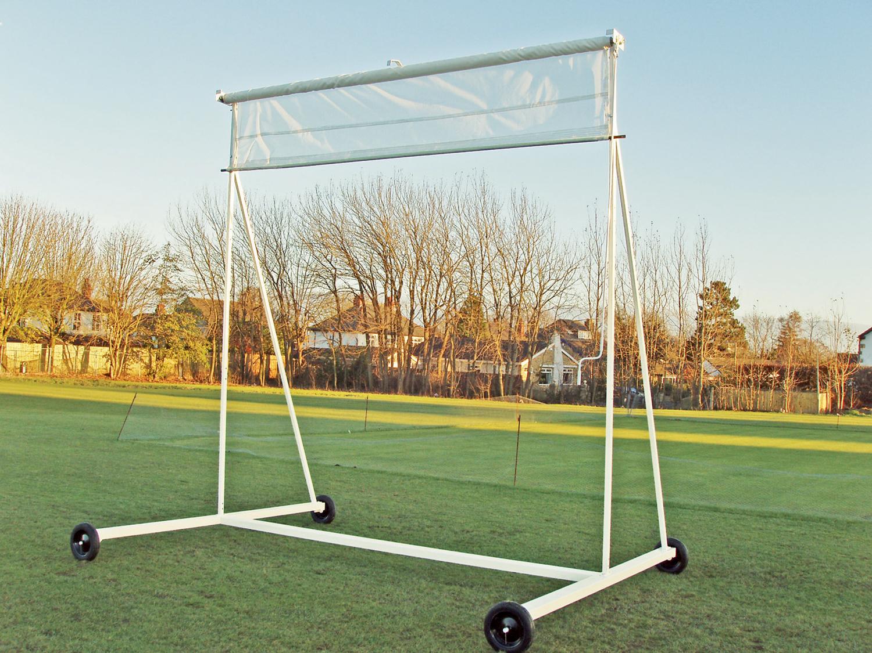 Stadia's Roller / Retractable Cricket Sight Screens