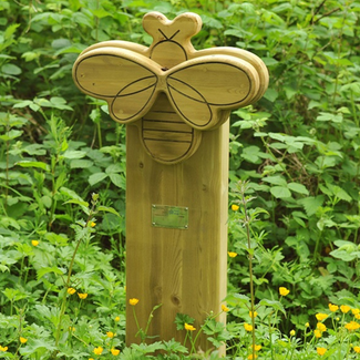 Bee Animal Face Totem