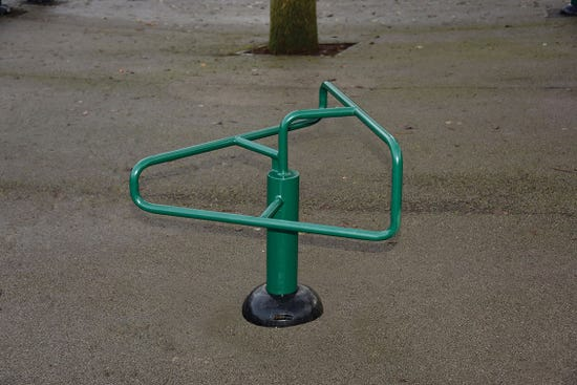 Children's Leg Stretch   Children's Leg Stretching Apparatus   Children's outdoor fitness equipment from Sunshine Gym
