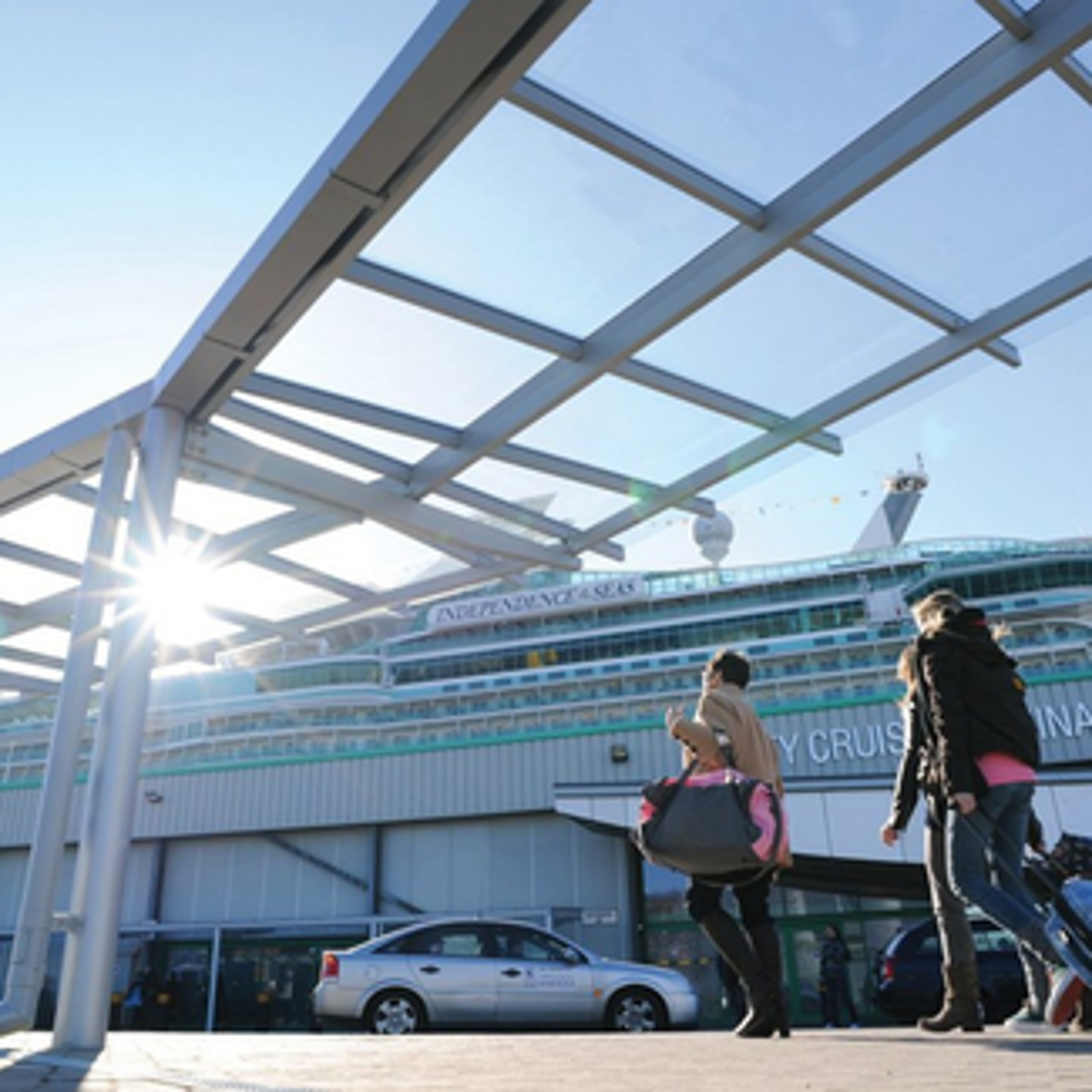 City Cruise Cantilever Walkway